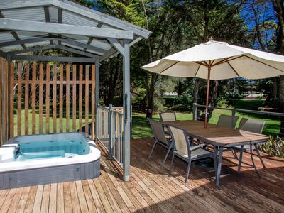 Photo for Barlings Beach Holiday Home - Barlings House 205,  outdoor jacuzzi & near beach