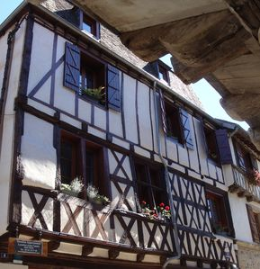 Photo for 1BR Apartment Vacation Rental in Beaulieu-Sur-Dordogne, Nouvelle-Aquitaine