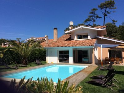 Photo for Villa 8 pers, 4 bedrooms with private pool, 200m from the beach and Golf