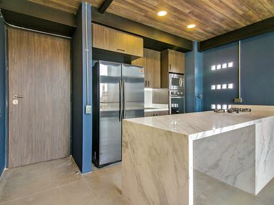 Photo for Stunning New Designer Loft With Views