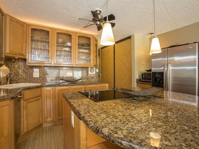 Photo for Beautifully upgraded condo in Maui Vista steps from world class beaches.