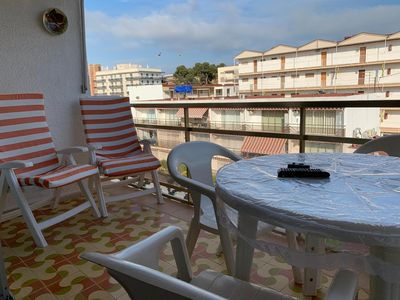 Photo for Apartment for 1-6 people 400m from the beach