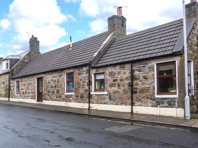 Photo for THE HAMELY HOOSE, pet friendly, with open fire in Buckie, Ref 934581