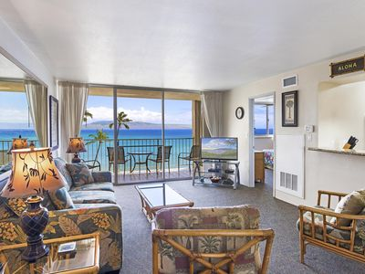 Photo for Exquisite One Bdrm Oceanfront Free Wi-Fi & Parking RK512