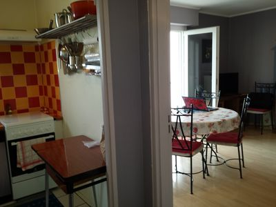 Photo for Cosy apartment ideally located in a small quiet residence