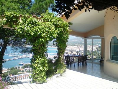 Photo for NEW! Leisure and comfort villa with pool and breathtaking views over Roses bay.