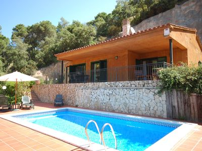Photo for Comfortable villa within walking distance of the beach at Playa de Canyelles