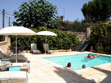 VINE COTTAGE & POOL 1 HOUR TO BORDEAUX & BERGERAC AIRPORTS - FREE ARRIVAL MEAL