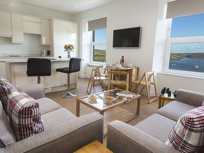 Photo for MAIN TOP APARTMENT, family friendly in Salcombe, Ref 995602