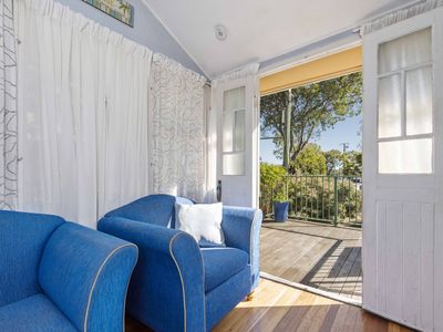 Photo for NORTH FACING QUEENSLANDER, STONES THROW TO THE RIVER
