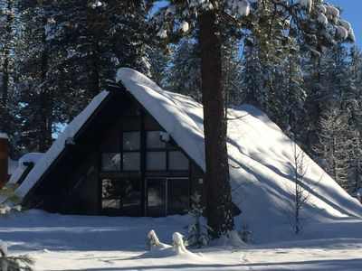 Authentic McCall Cabin adjacent to Ponderosa State Park