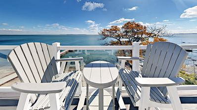 Photo for Beautiful Waterfront Put-in-Bay Condo that Sleeps 12 max - Search Stops Here!