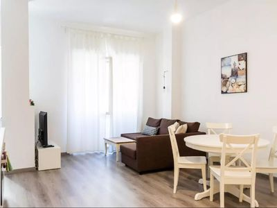 Photo for Spacious Sant Agostino apartment in Navigli with WiFi, air conditioning & lift.
