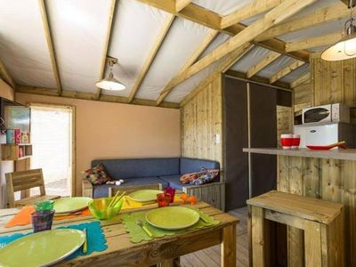 Photo for Camping des Pins **** - Sweet Flower Lodge 3 rooms 4/6 people