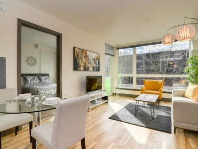 Photo for Waterfront+Pike Place Market 1 Bedroom 5 -AM