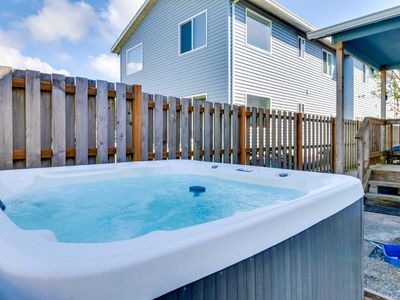 Photo for Dog-friendly oceanview home with private hot tub. Close to beach & downtown!