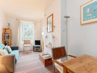 Photo for Elegant 1 bed apartment in the heart of Chelsea