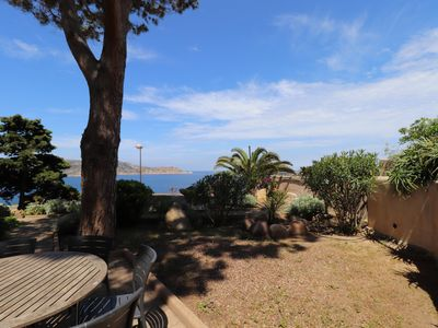 Photo for Very quiet apartment in Calvi overlooking the sea
