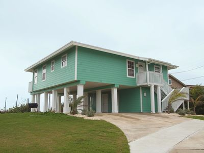 Photo for Wonderful home in the heart of Port Aransas with amazing Gulf Views!