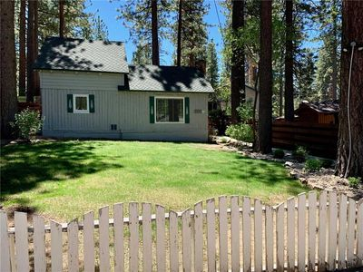 Photo for 3692 Larch: 2 BR / 2 BA cottage in South Lake Tahoe, Sleeps 5