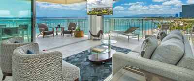 A View to Die for! 3 bedroom 3 bath on the sand at Waikiki Beach