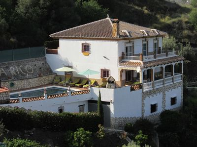 Photo for quiet villa with private pool and free Wi-Fi, 10 km from the beach