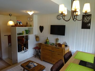 Photo for Charming studio. 3 people. Small residence facing Mont Blanc at 700 m center