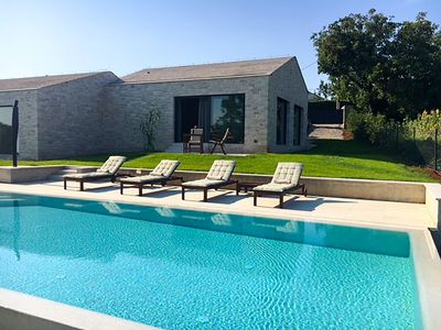 Photo for TERRA HISTRIA CINEREA - Unique stone house for two with pool