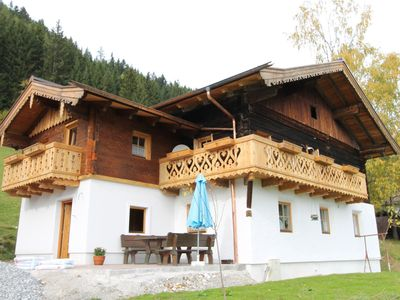 Photo for Lovely, spacious holiday apartment with a spectacular view of Eben im Pongau