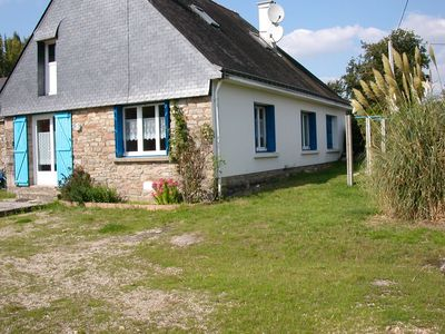 Photo for Charming holiday house in the countryside with large garden close to the old medieval town VANNES