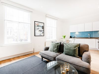 Photo for BRIGHT, STYLISH 1-BED IN SOHO #1
