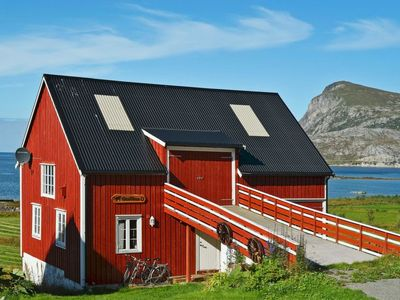 Photo for Vacation home Lofoten in Gravdal - 4 persons, 1 bedrooms