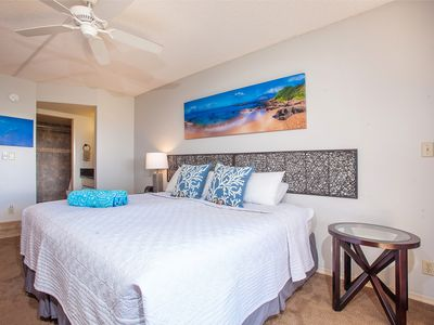Photo for Top Floor! Maui Banyan Upscale Remodeled Studio Steps To Beach, Shops