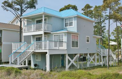 Photo for Abaco Blue - 4 Bedroom / 3 Bath Gulf Front Home