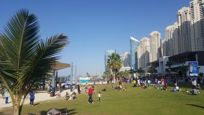 Plenty of outdoor space and award winning cafes and restaurants
