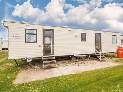 Photo for 8 berth caravan in Heacham for hire a great holiday place in Norfolk ref 21031H