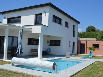 Photo for Contemporary villa with pool, 3 bedrooms, sea and mountain views