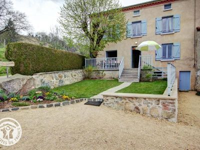 Photo for Gite CHERIER, 4 bedrooms, 10 persons