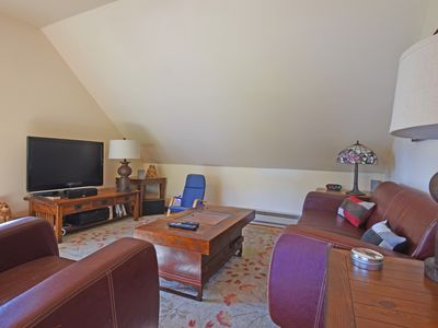 Photo for Donner Pass Delight: Updated Interior, Close to Lake & Public Piers, Walk to Donner Lake Kitchen