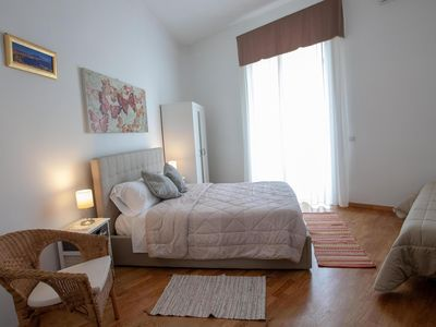 Photo for Renovated apartment in 2017 in the Stazione Centrale Garibaldi area.