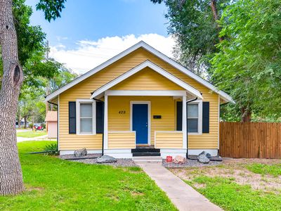 Photo for Completely Updated Cottage With Private Yard
