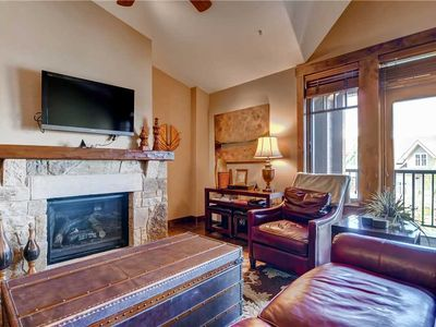 Photo for Luxury condo with vaulted ceilings and private balcony; hiking & biking trails close by