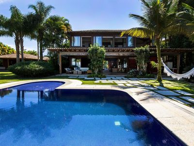 Photo for Ang027 - Luxurious front sea property in Angra dos Reis