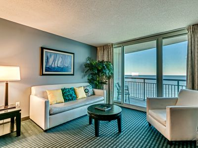 "Photo for Luxury  Condo, Modern Decor. Stunning Direct Ocean-Front View, New 50"" Smart Tv"