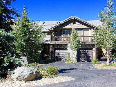Photo for Snowcreek #963-Family Friendly with incredible mountain views! Bbq and hot tub!