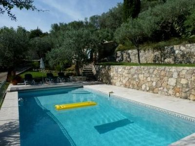 Photo for Pretty villa with private pool in walking distance of delightful village