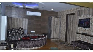 Mt View Villa in Manali for Holiday