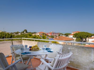 Photo for Holiday apartment Roseto degli Abruzzi for 6 persons with 3 bedrooms - Holiday apartment