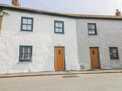 Photo for NEAPTIDE, character holiday cottage in Marazion, Ref 1003141