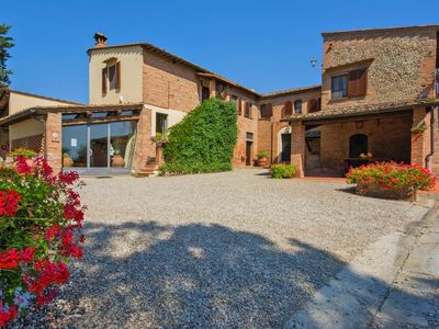 Photo for Holiday residence Monteolivo Antico Borgo, Castelfiorentino  in Um Florenz - 5 persons, 3 bedrooms